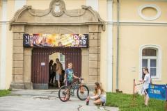 Celá galerie a e-shop na www.tompol.cz